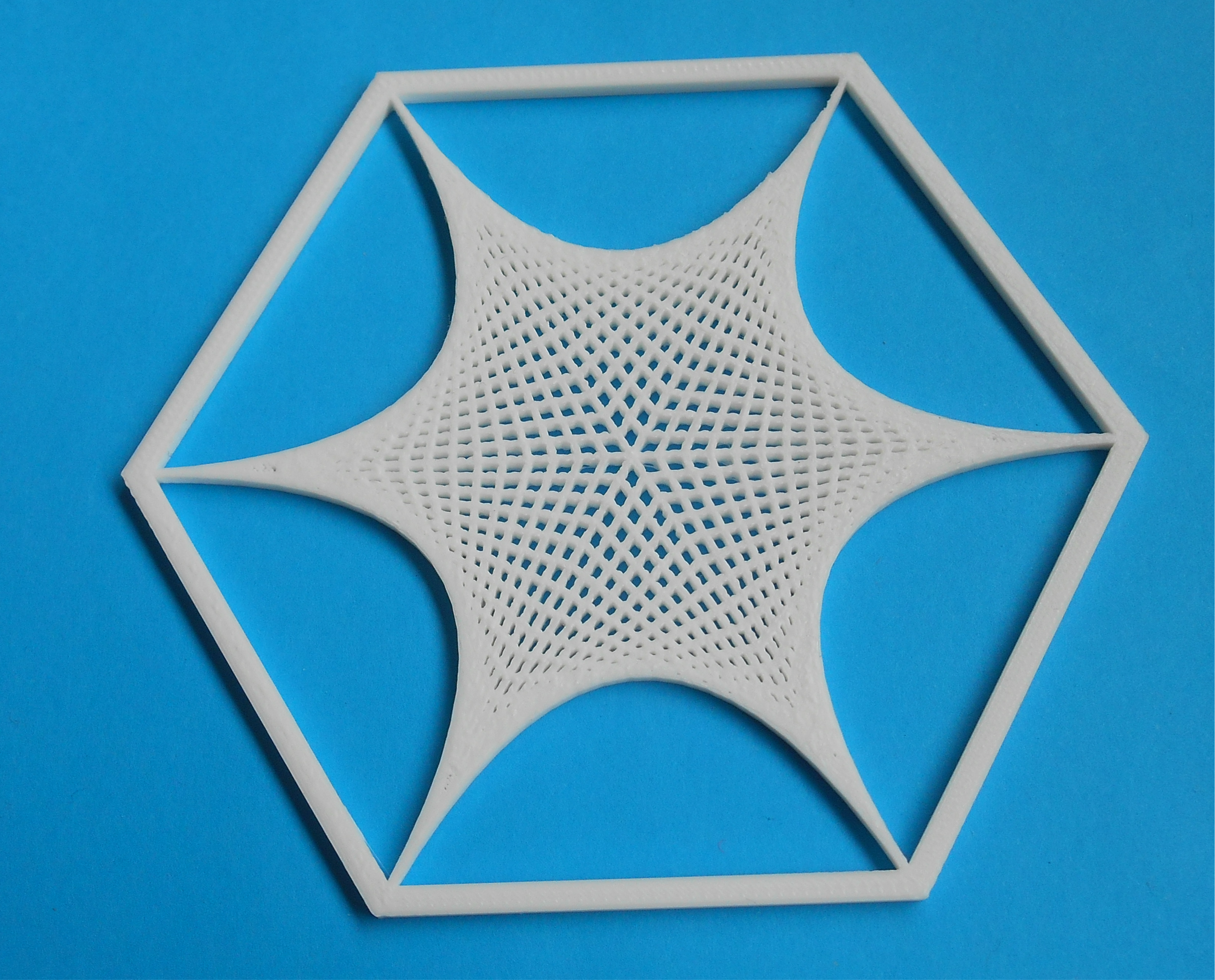 Hexagon tile with curves made from straight lines